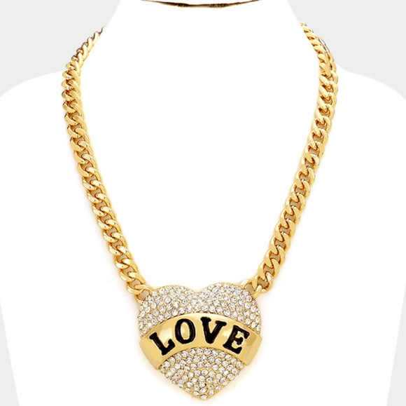 jewelry gold rhinestone heart shaped love pendant necklace poshmark